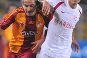Antalyaspor, G.Saray'ı devirdi